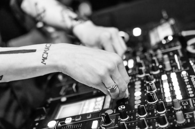 La musica è una compagna di viaggio insostituibile: Elena Barba per Digitalkradio